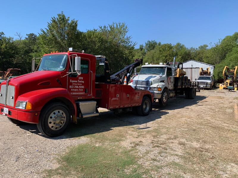 boom truck towing services in Grand Prairie, Texas